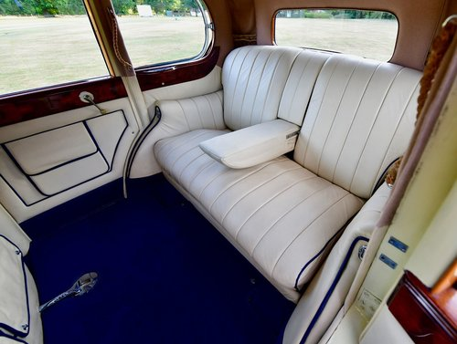 1935 Rolls Royce 20/25 Six Light by Rippon Bros. SOLD (picture 6 of 6)