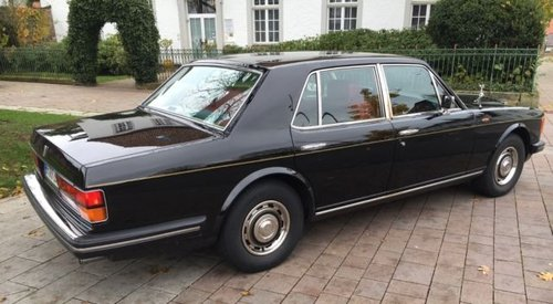 1985 Black with red leather , a dream Silver Spirit ! For Sale (picture 2 of 6)