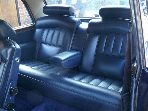 1976 Rolls-Royce Corniche FHC For Sale (picture 6 of 6)