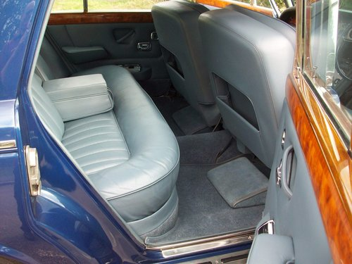 1970 ROLLS-ROYCE SILVER SHADOW SOLD (picture 3 of 6)