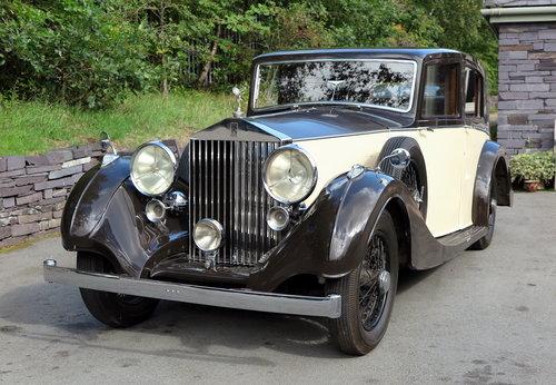 1937  Rolls-Royce 25/30 Freestone & Webb Saloon GRP75 For Sale (picture 1 of 6)