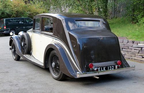 1937  Rolls-Royce 25/30 Freestone & Webb Saloon GRP75 For Sale (picture 2 of 6)