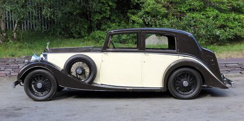 1937  Rolls-Royce 25/30 Freestone & Webb Saloon GRP75 For Sale (picture 3 of 6)