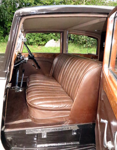1937  Rolls-Royce 25/30 Freestone & Webb Saloon GRP75 For Sale (picture 5 of 6)
