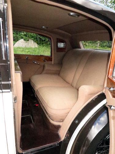 1937  Rolls-Royce 25/30 Freestone & Webb Saloon GRP75 For Sale (picture 6 of 6)