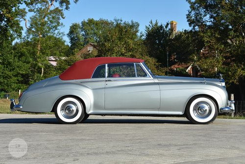 1960 Rolls-Royce Silver Cloud II DHC by H.J. Mulliner For Sale (picture 3 of 6)