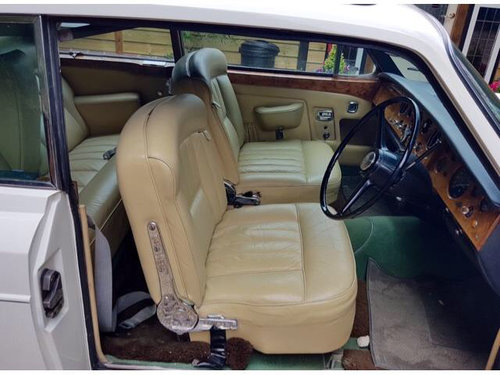 1968 Fabulous original car. Webasto sunroof.A1 cond. For Sale (picture 3 of 6)