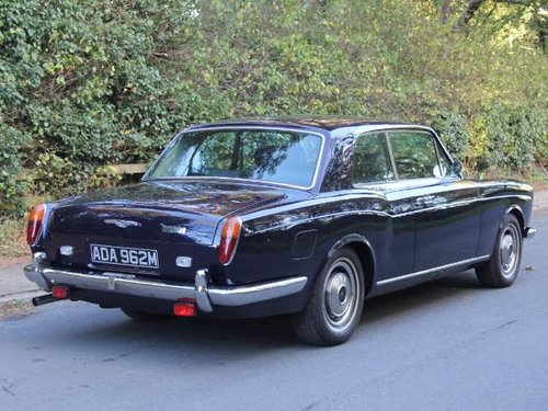 1974 Rolls Royce Corniche -  £64,000 of receipts since 2002 SOLD (picture 3 of 6)