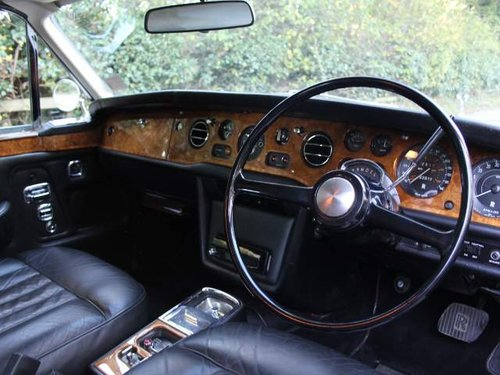 1974 Rolls Royce Corniche -  £64,000 of receipts since 2002 SOLD (picture 4 of 6)