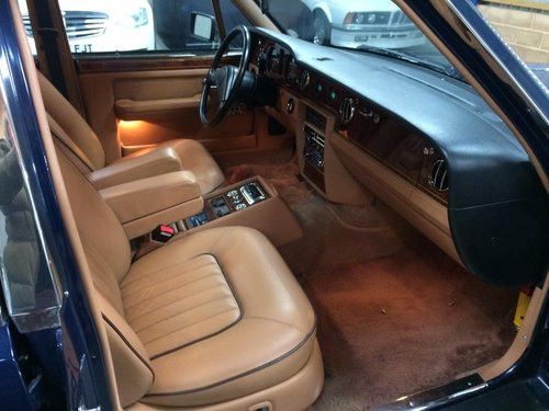 1990 Rolls Royce Silver Spur 6000 Miles FSH LHD Superb. For Sale (picture 5 of 6)