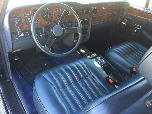 1986 Rolls Royce Corniche Convertible left hand drive For Sale (picture 3 of 6)