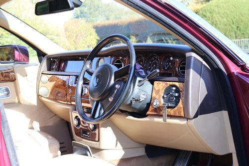2004 ROLLS-ROYCE PHANTOM For Sale (picture 3 of 6)