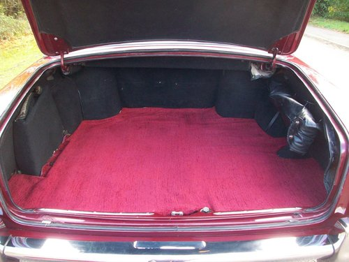 1968 ROLLS-ROYCE SILVER SHADOW SOLD (picture 5 of 6)