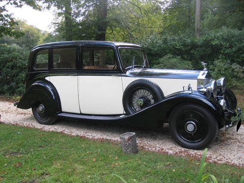 1938 Rolls-Royce 25/30 with Coachwork by James Young For Sale (picture 1 of 6)