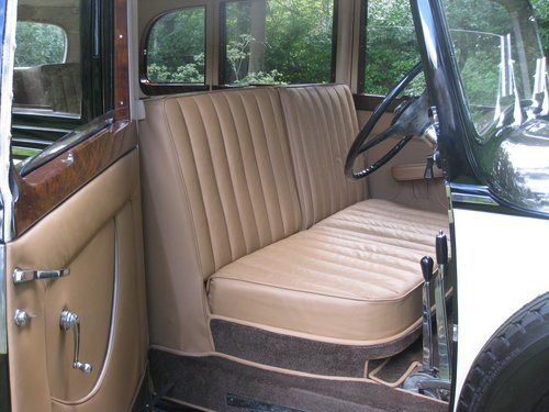1938 Rolls-Royce 25/30 with Coachwork by James Young For Sale (picture 3 of 6)