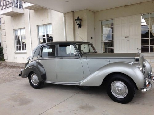 1951 Rolls-Royce Silver Dawn for sale For Sale (picture 1 of 6)