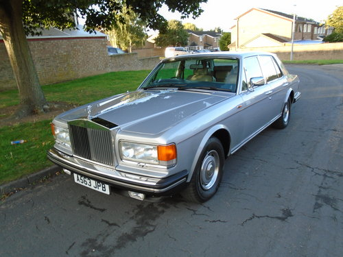 Rolls Royce Silver Spirit 78k 1984 georgian silver For Sale (picture 1 of 6)
