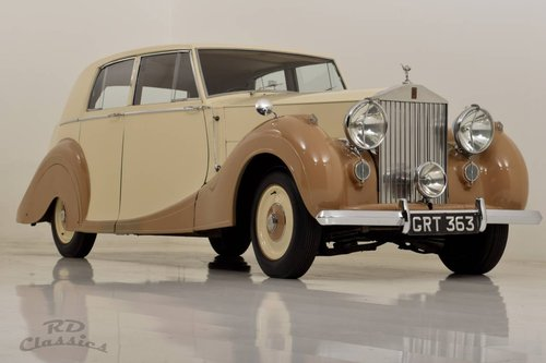 1950 Rolls Royce Silver Wraith Saloon For Sale (picture 1 of 6)