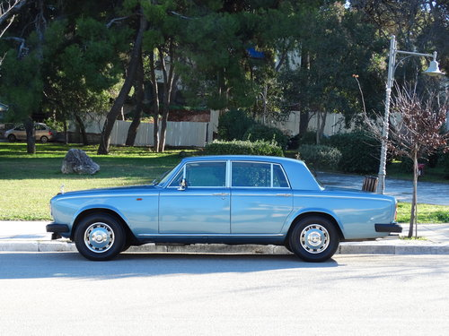 1977 Rolls Royce Silver Shadow II, elegant Caribbean Blue For Sale (picture 2 of 6)