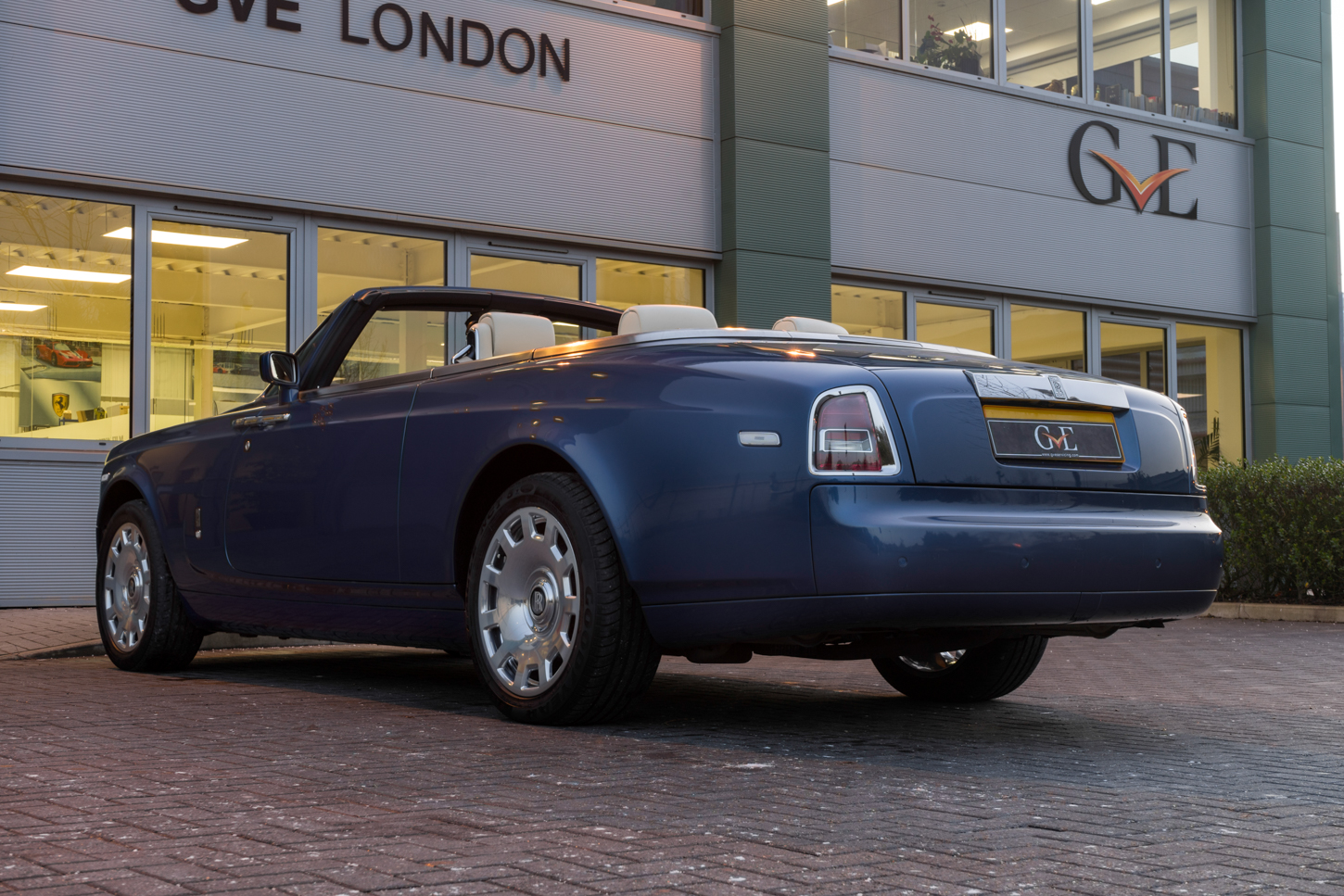 2008 Rolls Royce Phantom Drophead For Sale (picture 2 of 6)