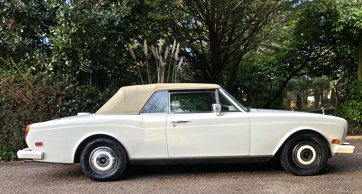 1988 ROLLS ROYCE CORNICHE II   CONVERTIBLE  LHD For Sale (picture 4 of 6)