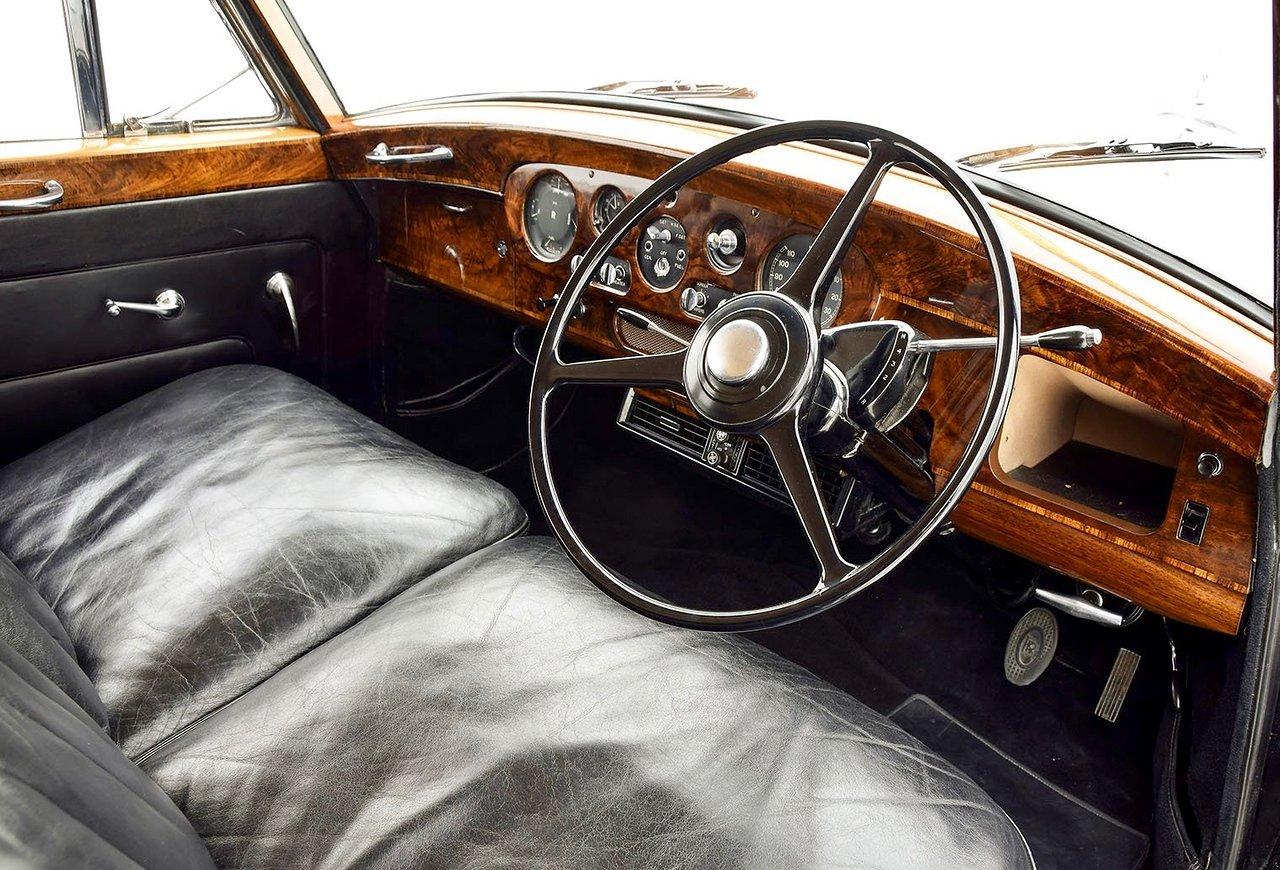1960 Rolls Royce Phantom V Park Ward Limousine SOLD (picture 3 of 6)
