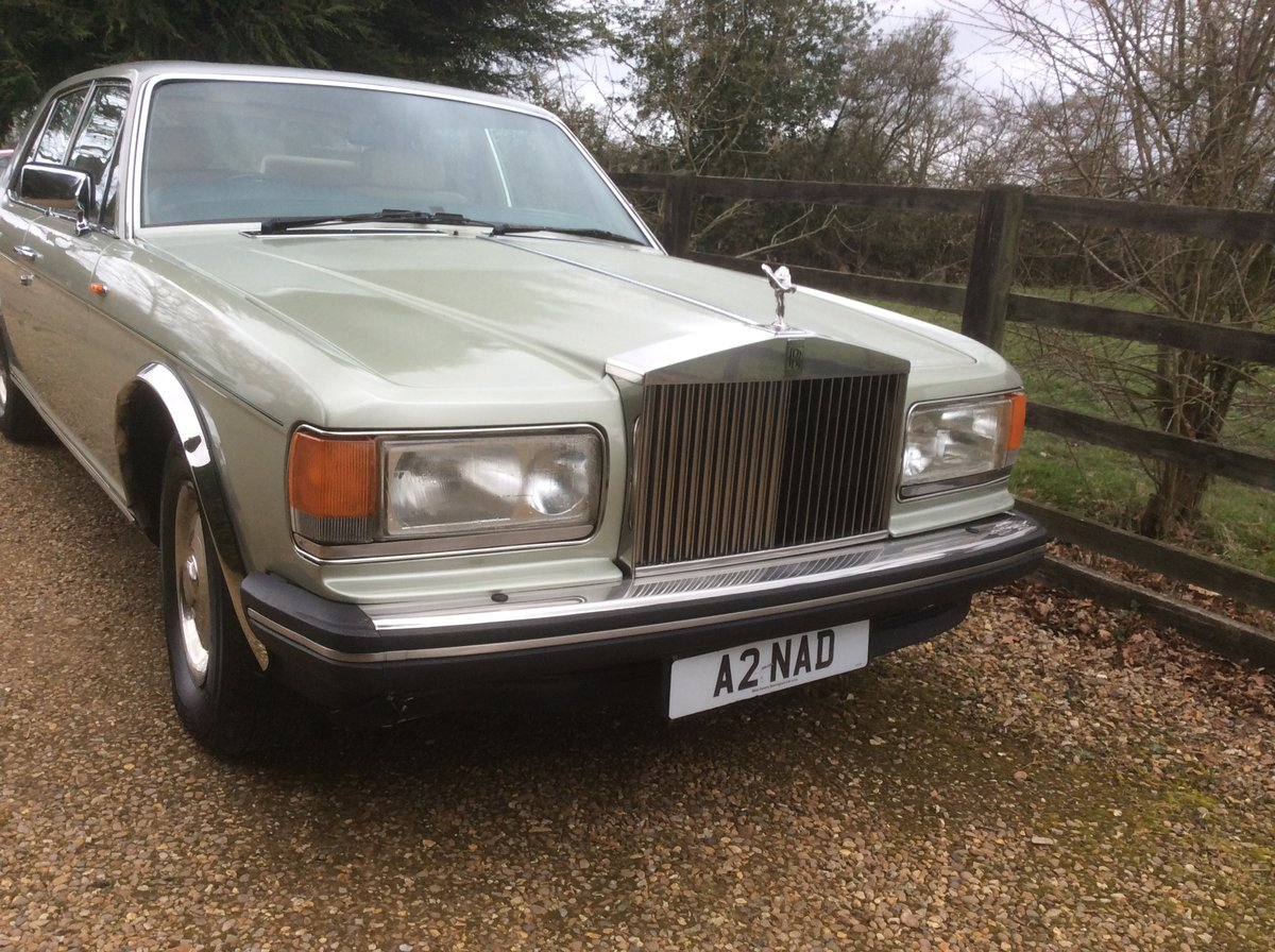 Rolls Royce silver spirit 1985 For Sale (picture 2 of 6)