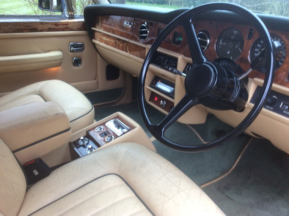 Rolls Royce silver spirit 1985 For Sale (picture 4 of 6)