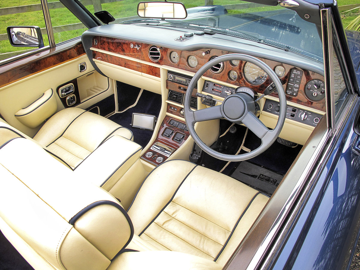1989 Rolls-Royce Corniche II Convertible **SOLD** For Sale (picture 5 of 6)