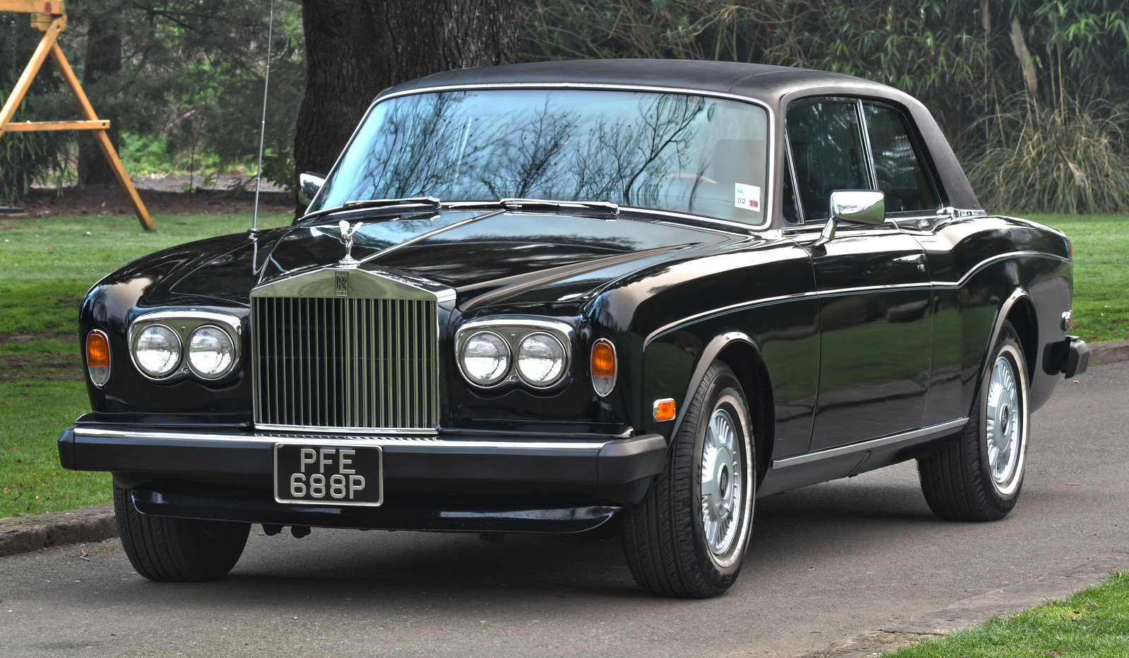 1976 Rolls Royce Corniche II Coupe LHD SOLD (picture 1 of 6)