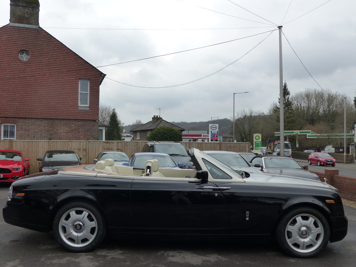 2007 ROLLS-ROYCE PHANTOM DROPHEAD 6.7 V12 AUTO + LEFT HAND DRIVE For Sale (picture 2 of 6)