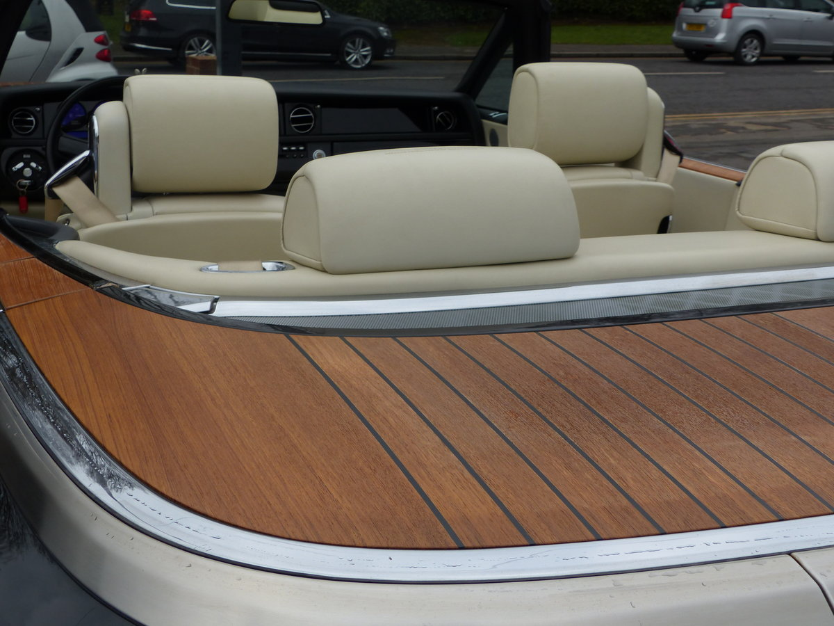 2007 ROLLS-ROYCE PHANTOM DROPHEAD 6.7 V12 AUTO + LEFT HAND DRIVE For Sale (picture 4 of 6)