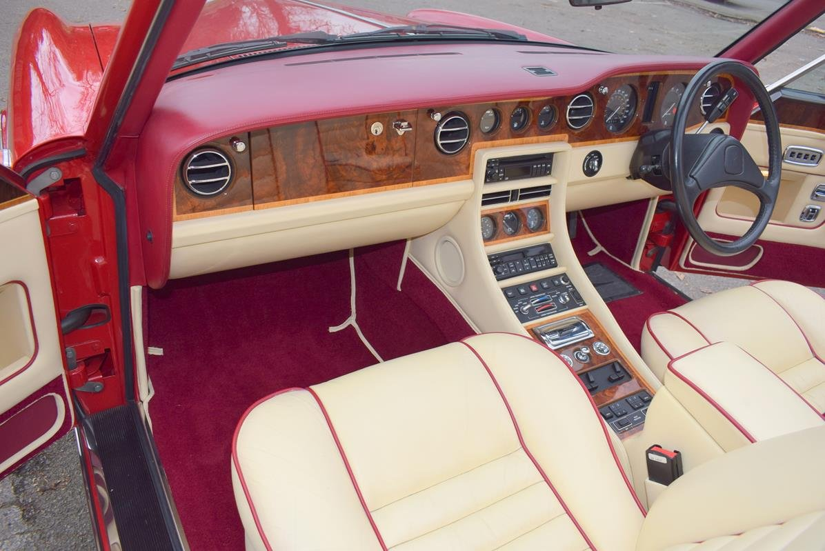 1992 K Rolls Royce Corniche Convertible III in Vermillion For Sale (picture 2 of 6)