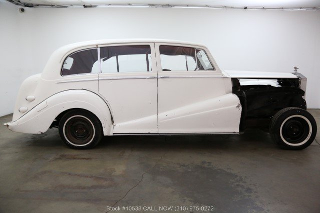 1957 Rolls-Royce Silver Wraith Limousine by Park Ward For Sale (picture 2 of 6)