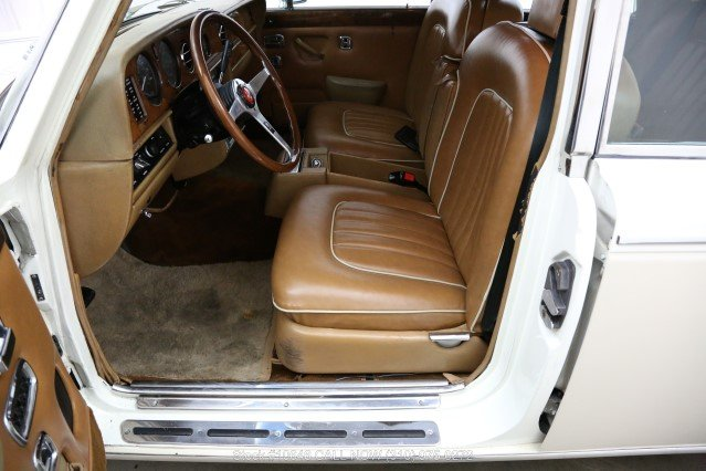 1980 Rolls-Royce Silver Shadow II Left Hand Drive For Sale (picture 4 of 6)