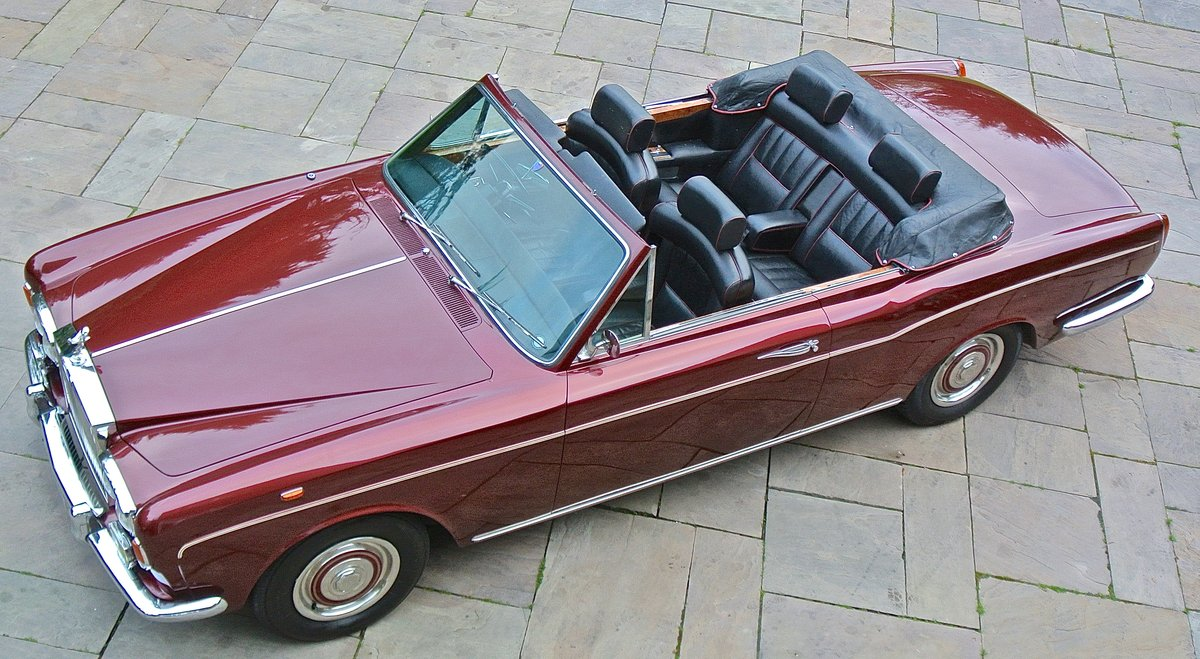 1969 ROLLS ROYCE CORNICHE HISTORY FROM NEW  For Sale (picture 1 of 11)