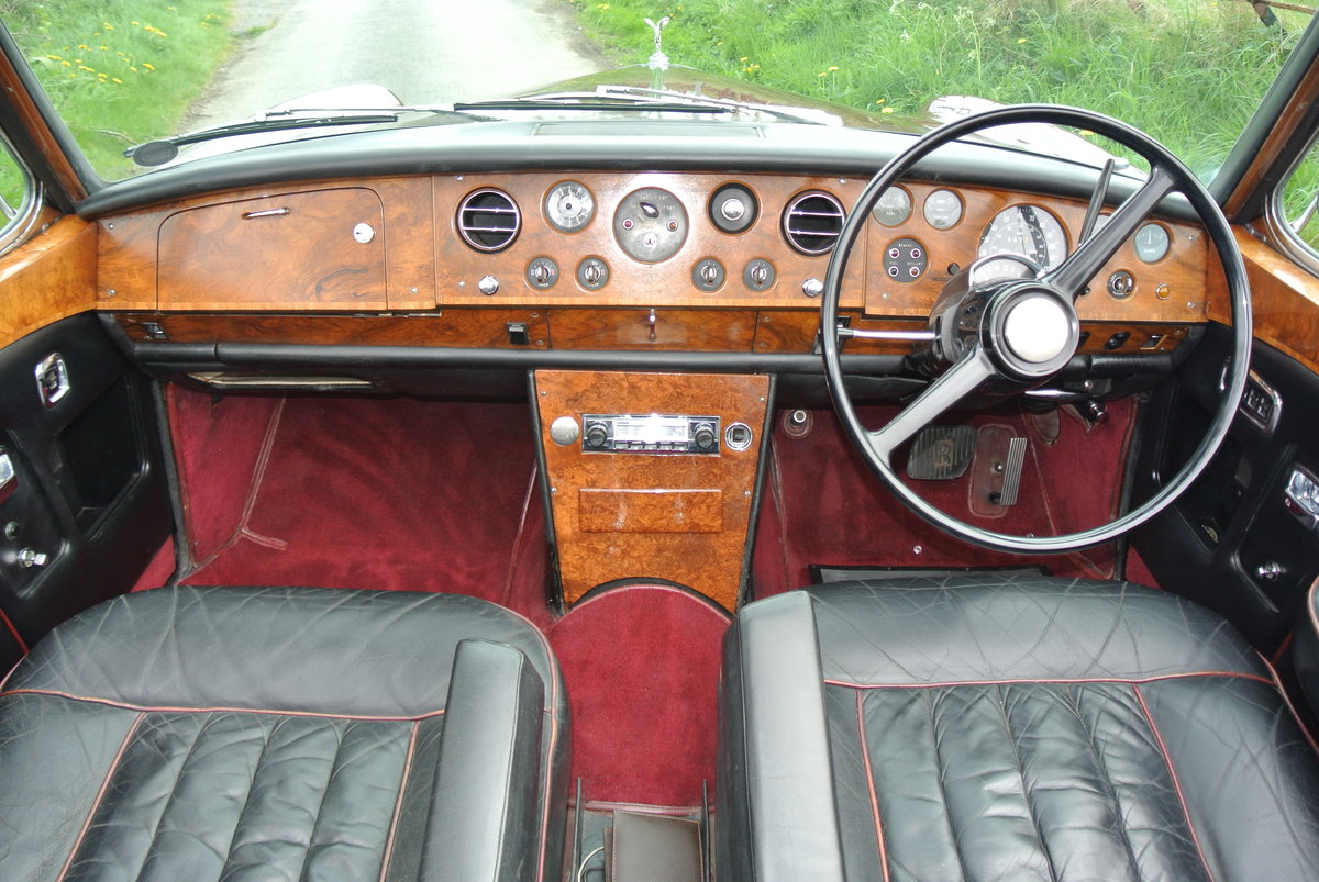 1969 ROLLS ROYCE CORNICHE HISTORY FROM NEW  For Sale (picture 6 of 11)