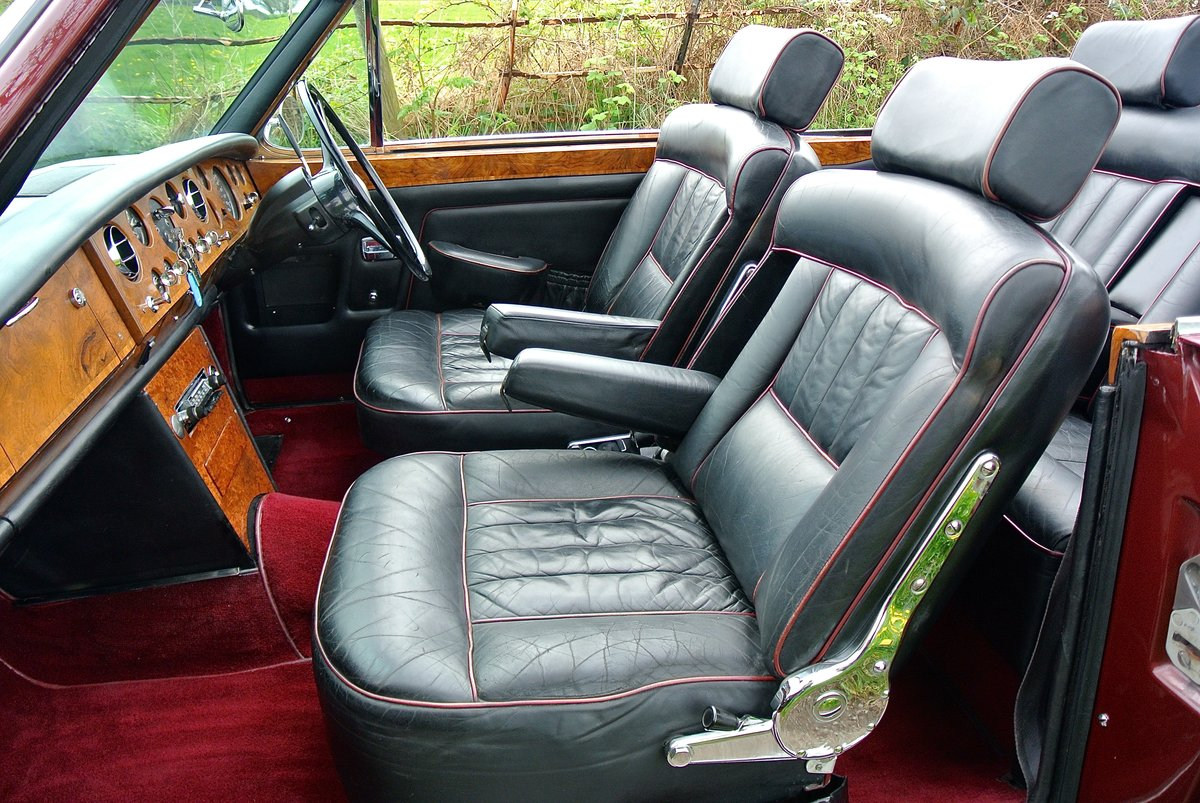 1969 ROLLS ROYCE CORNICHE HISTORY FROM NEW  For Sale (picture 11 of 11)