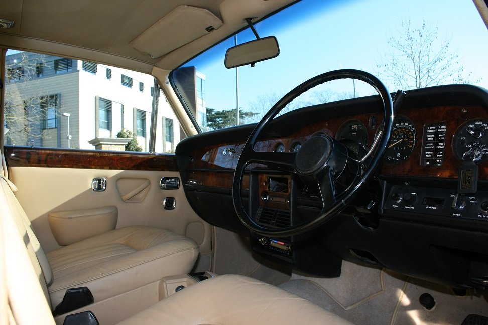 1977 Rolls-Royce Silver Shadow ll SOLD (picture 5 of 6)