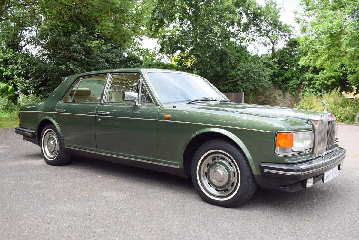1984 A Rolls Royce Silver Spirit in Forest Green For Sale (picture 1 of 6)