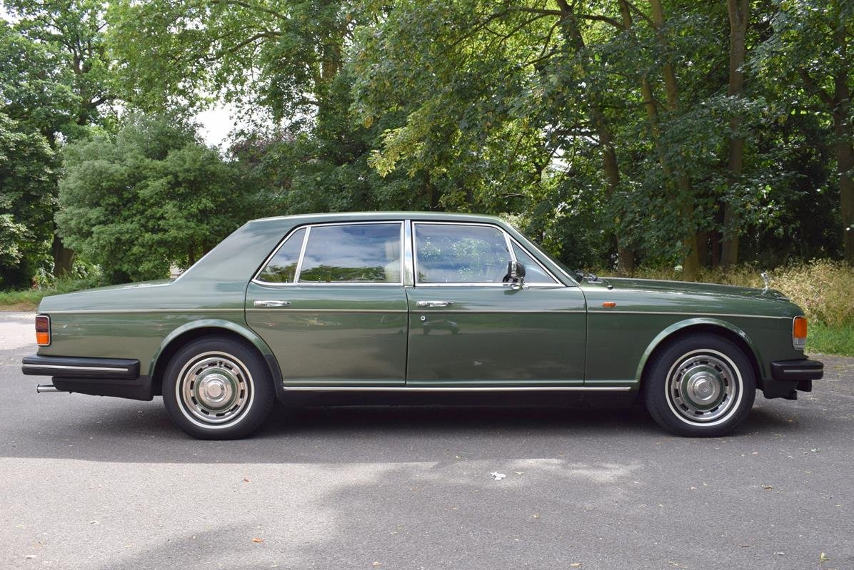 1984 A Rolls Royce Silver Spirit in Forest Green For Sale (picture 5 of 6)