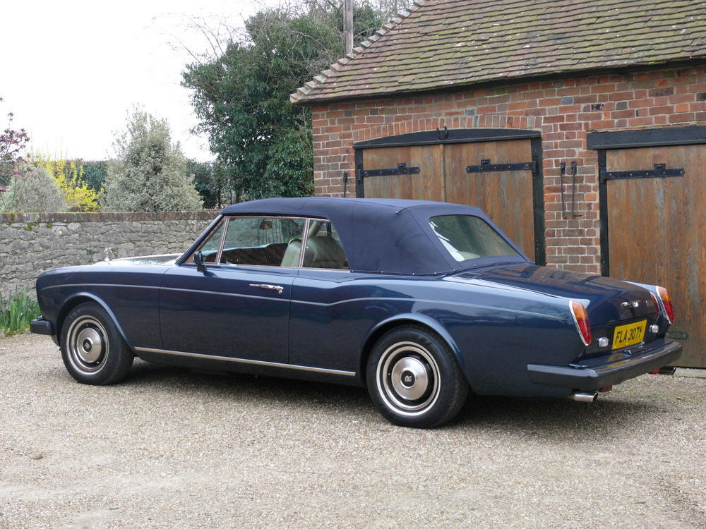 1982 Rolls-Royce Corniche Convertible  For Sale (picture 3 of 6)