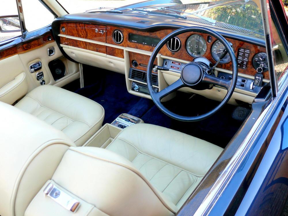 1982 Rolls-Royce Corniche Convertible  For Sale (picture 5 of 6)
