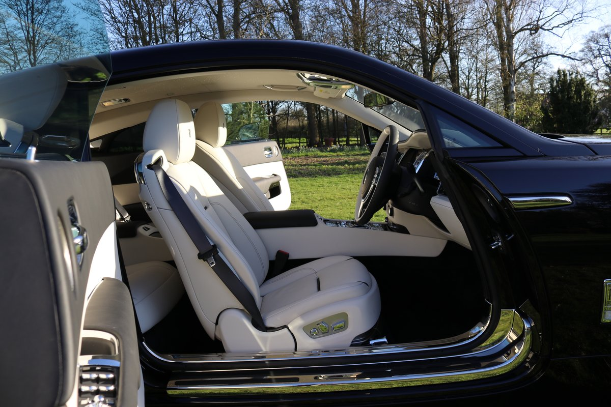 2019 ROLLS-ROYCE WRAITH For Sale (picture 5 of 6)