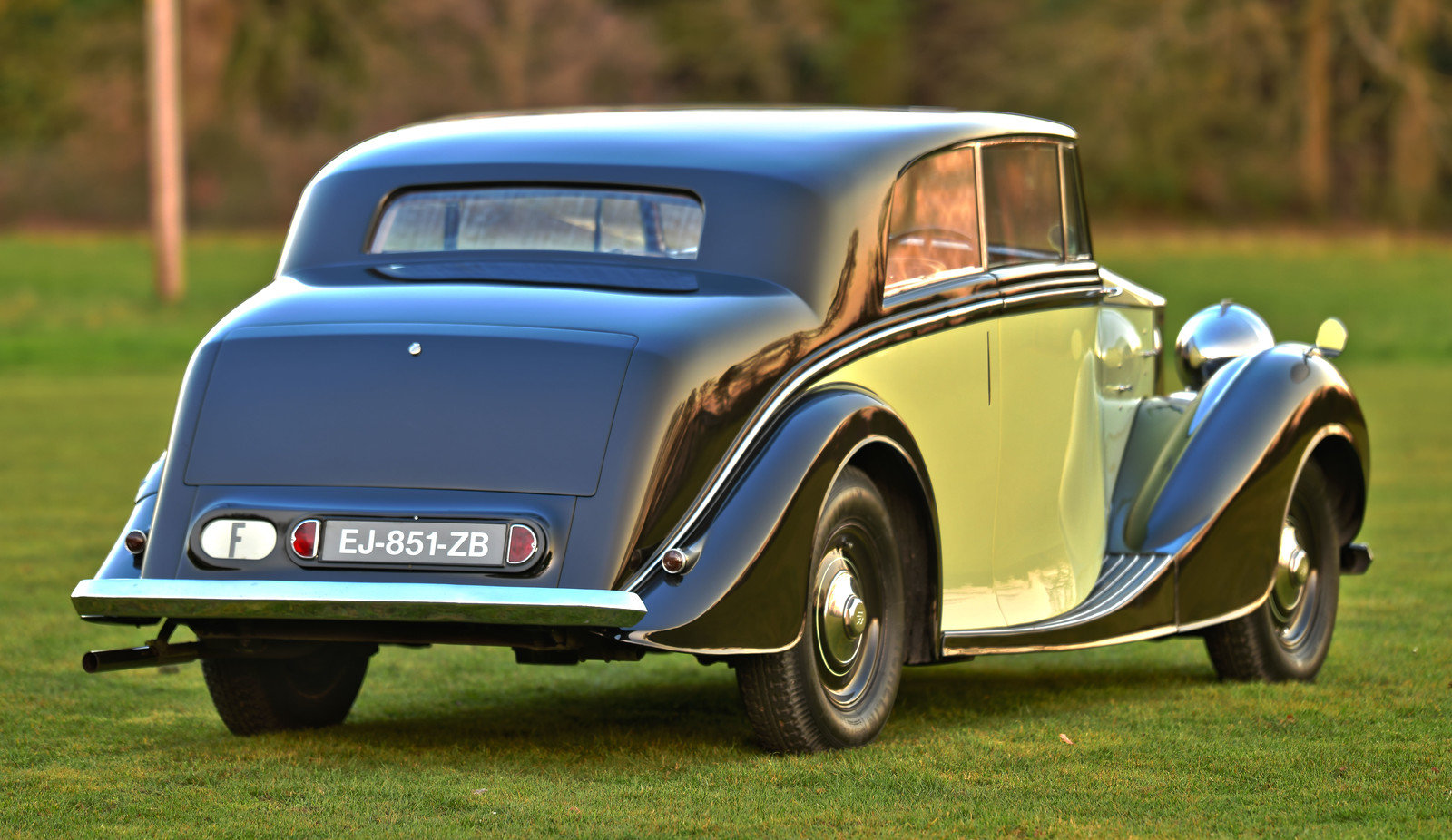 1947 Rolls Royce Silver Wraith Freestone & Webb 2 door Coupe For Sale (picture 2 of 6)
