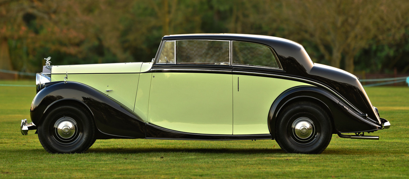 1947 Rolls Royce Silver Wraith Freestone & Webb 2 door Coupe For Sale (picture 3 of 6)