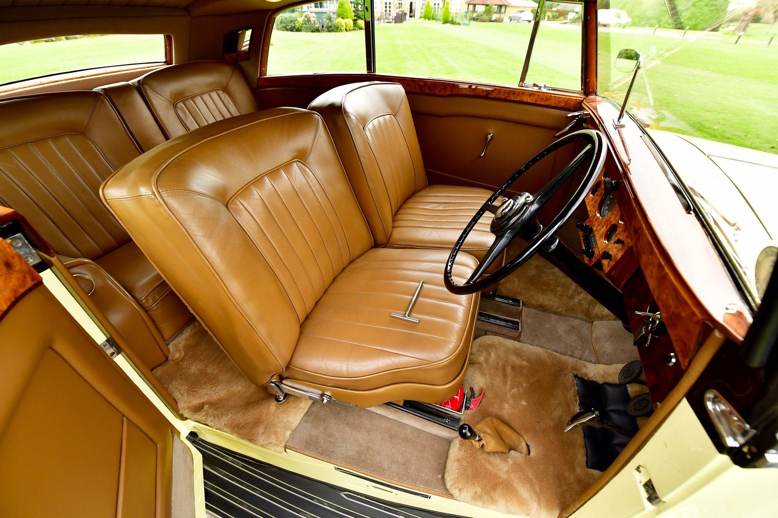 1947 Rolls Royce Silver Wraith Freestone & Webb 2 door Coupe For Sale (picture 4 of 6)