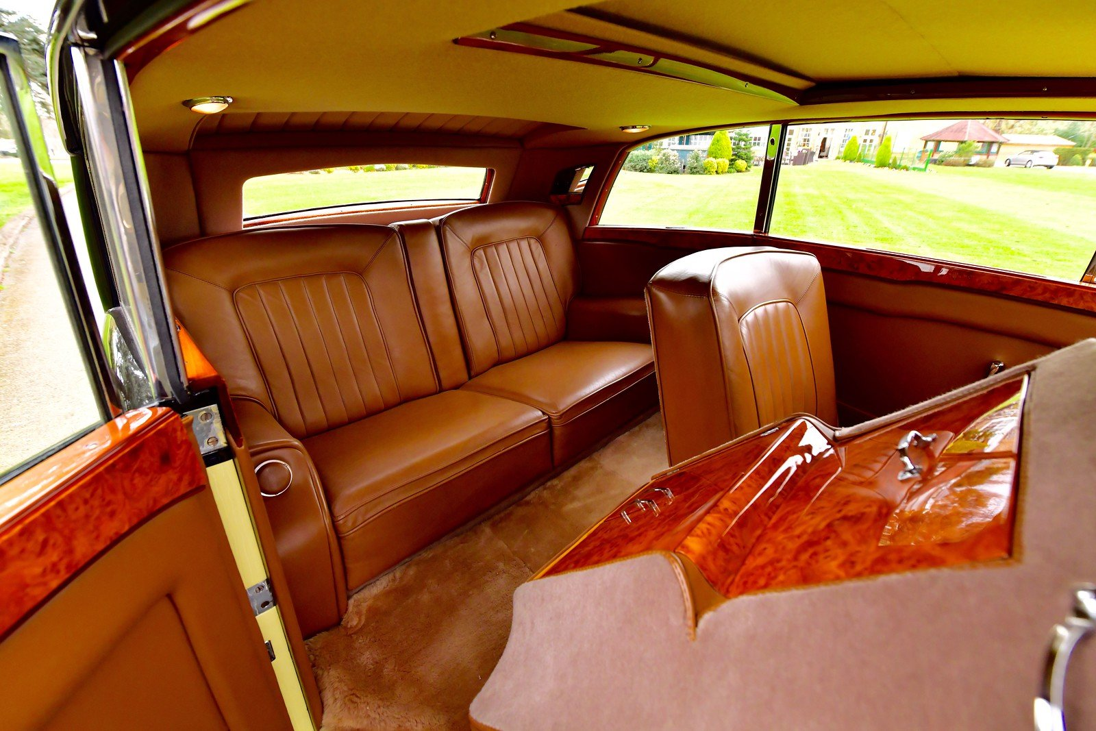 1947 Rolls Royce Silver Wraith Freestone & Webb 2 door Coupe For Sale (picture 5 of 6)