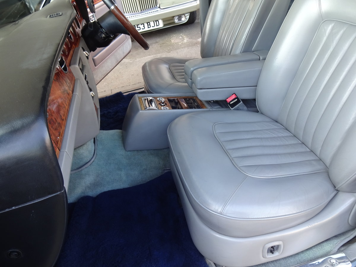 1990 Rolls-Royce Silver Spirit II For Sale (picture 5 of 6)