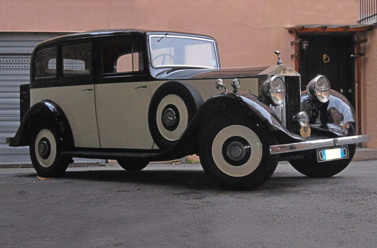 1935 RollsRoyce 20/25 Limousine Six Light by Thrupp&Maberly For Sale (picture 2 of 6)